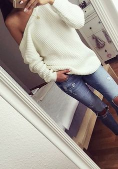 Love this slouchy cream sweater.