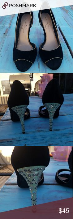 Selling this Jessica Simpson heels on Poshmark! My username is: sydneyswan99. #shopmycloset #poshmark #fashion #shopping #style #forsale #Jessica Simpson #Shoes
