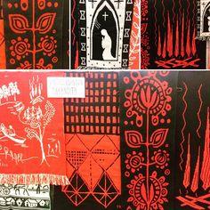 Ne on niin hienoja! Alexander Mcqueen Scarf, Weaving, Textiles, Art, Art Background, Kunst, Knitting, Performing Arts, Crocheting