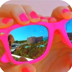 Neon sunglasses. Saw these at ocean shores surf shop. Need them! 8)