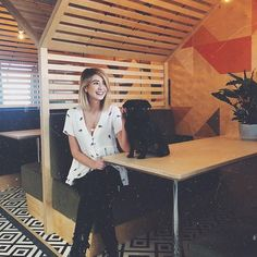"""Being in an external office space was something I was so excited to do but also a bit hesitant about as I'm such a """"work-from-home"""" person! Workwear Fashion, Work Fashion, Zoella Style, Zoella Outfits, Zoe Sugg, Corporate Fashion, Office Looks, Girl Online, Hair"""