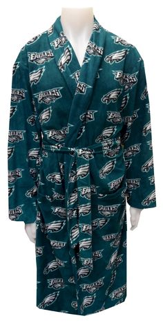 58caf0daa4c Philadelphia Eagles Guys Fleece Robe Calling all Eagles fans! This cozy  fleece robe for men