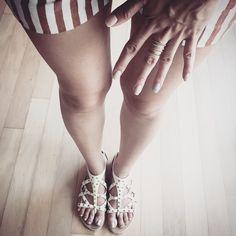 # 오늘의 신발과 네일! . Shoes & Nail for today! . . . . #ootd #오오티디 #데일리스타일 #줌마그램 #줌스타그램 #gangnam #style #korea #데일리룩 #멋스타그램 #인스타패션 #셀스타그램 #셀피 #selfie #미러샷 #거울샷 #전신샷 #젊줌마 #패피녀 #데일리룩코디 #fashion #패션