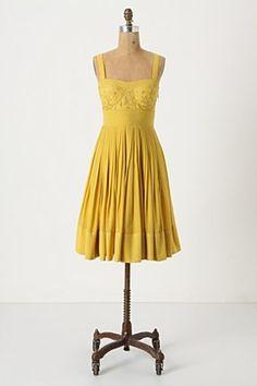 Ooo, what a sunny, fun dress!