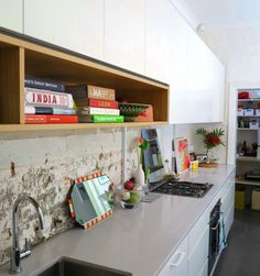 Open box shelving with cupboards above - Cantilever Kitchens Kitchen Interior, Kitchen Design, Collections Of Objects, Minimal Kitchen, Street House, Quality Kitchens, Custom Kitchens, Splashback, Exposed Brick