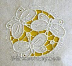 10585_Cutwork-lace-butterfly-machine-embroidery-1   Flickr: Intercambio de fotos