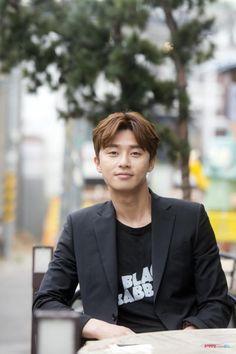 她很漂亮 池成俊 朴叙俊 海报 박서준/Park Seo Jun