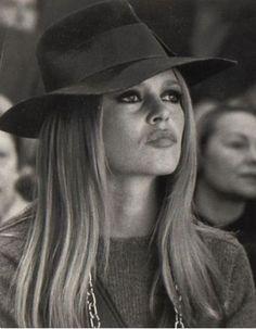 Sassy. Brigitte Bardot in a fabulous hat.
