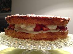 Victoria sponge cake http://mariwithlove.blogspot.it