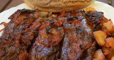 Απίστευτη νοστιμιά !!! ΥΛΙΚΑ για 10 με 13 μελιτζάνες Μελιτζάνες μακρόστενες [τσακώνικες] 3 μέτρια κρεμμύδια κομμένα 4-5 σκελίδ... Greek Recipes, Real Food Recipes, Greek Cooking, Tandoori Chicken, Food Dishes, Steak, Food And Drink, Pork, Vegetarian