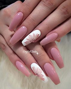 Have you ever thought of rocking coffin nail designs? We bet you have. It is a perfect mediation of stiletto nails and French manicure. This nail shape is extremely popular. Even celebrities go for it. Coffin nails are Kylie Jenner's go to. Or you are jus Fancy Nails, Trendy Nails, Cute Nails, Cute Acrylic Nails, Acrylic Nail Designs, Pink Nail Designs, Acrylic Nails For Summer Coffin, Coffin Nail Designs, Coffin Nails Designs Summer