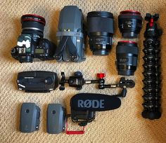 """15 Gostos, 3 Comentários - @eyeknofoto no Instagram: """"Going on a Photo excursion today in Capitola. The starting lineup. #canon #DJi #rodemic #camvate"""" Best Film Cameras, Gear 3, Ride 2, Camera Equipment, Desk Setup, Camera Gear, Life Photography, Filmmaking, Binoculars"""