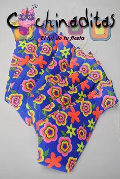 Muy formales en la fiesta con las corbatas de Cochinaditas.  #LasBatucadasDeCochinaditas