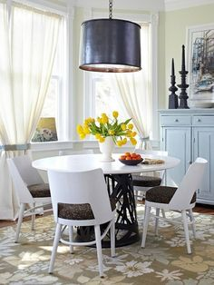 Dining Room Rug Rules - not necessary to use round area rug under round table