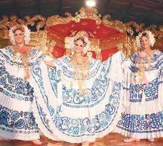 Un festival repleto de polleras | Panamá América