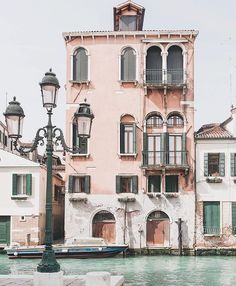 Venice, Italy - one of the most memorable places in the world.  fun fact: Venice is known for its bridges. There are 417 bridges in Venice, and 72 of those are private. Oh The Places You'll Go, Places To Travel, Travel Destinations, Greece Destinations, Siena Toscana, Travel Photographie, Grande Hotel, Travel Goals, Travel Hacks