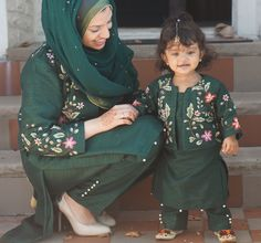 Mommy and me Indian matching outfit designed and handmade by Maryam's Trinkets owner Mothers Day Dresses, Mom And Baby Dresses, Mom And Baby Outfits, Baby Girl Dress Patterns, Dresses Kids Girl, Girl Outfits, Bridal Outfits, Mom Daughter Matching Outfits, Mommy Daughter Dresses