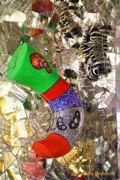 Elegant Farbenrausch und Sinneslust in der Grotte von Niki de Saint Phalle