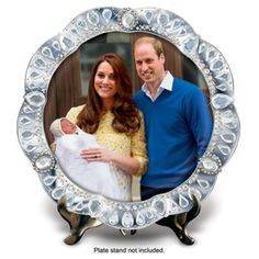 Official porcelain plate featuring Princess Charlotte of Cambridge in her historic first public appearance.