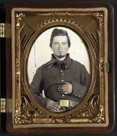 Unidentified soldier in Union uniform.    Donated to the Library of Congress 2012 by Tom Liljenquist; Liljenquist Family Collection of Civil War Photographs.