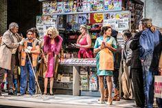Eleazar Rodriguez (Nemorino), Agnieszka Tomaszewska (Adina), Anna Tsartsidze (Gianetta), STAATSOPERNCHOR - Foto: Falk von Traubenberg Theater, Times Square, Anna, Photos, Karlsruhe, Theatres, Teatro