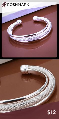 .925 Sterling Silver Bracelet This .925 Sterling Silver Bracelet is shiny.  ✨🌟 It's really a wonderful gift for Christmas 🎄 or even for yourself 😉 Jewelry Bracelets