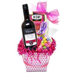 Pretty In Pink Easter Wine Basket Wine Gift Baskets, Wine Gifts, Gourmet Recipes, Pretty In Pink, Barware, Champagne, Easter, Gift Ideas, Fruit