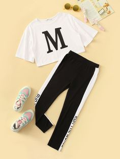 SHEIN Kiddie Girls Letter Print Tee And Contrast Side Leggings Set 2019 Summer Active Wear Short Sleeve Colorblock Suit Sets Cute Lazy Outfits, Crop Top Outfits, Kids Outfits Girls, Sporty Outfits, Teenager Outfits, Stylish Outfits, Batman Outfits, Formal Outfits, Rock Outfits