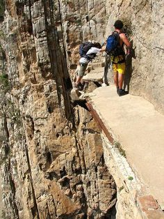 El Caminito del Rey ... Málaga, Spain ... the most dangerous walkway in the world - if you dare. #FunOnTheGo