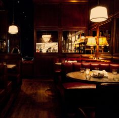 Bavette's Bar & Bouef Chicago - 5 star steakhouse/seafood, best dining room **make reservation