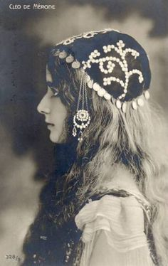 Cleo de Merode by Chickeyonthego, via Flickr