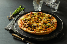 Ontario potatoes and leeks blend fabulously with earthy Ontario mushrooms in this hearty pizza recipe.