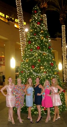 Ladies Hitting the Town for #LillyHoliday