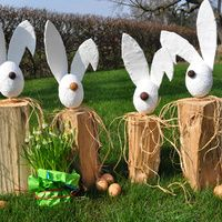 Sonnige Grüße vom Osterhasen Sunny greetings from the Easter bunny – news – country life – weekly paper for agriculture & country life Diy Crafts To Do, Upcycled Crafts, Happy Easter, Easter Bunny, Bunny Bunny, Bunnies, Halloween Mason Jars, Diy Garden Decor, Diy Dress