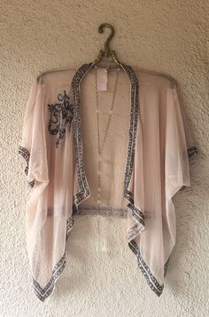 Anthropologie Great Gatsby Pink sheer mesh with beading and large floral detail kimono / Bohemian Angel