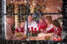 Big family with three children celebrating Christmas at home… – Advent Wreath İdeas. Christmas Morning, Christmas Bulbs, Christmas Decorations, Holiday Decor, Advent Wreath Candles, Inspirational Articles, Big Family, Holiday Time, Three Kids