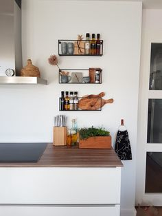 √ Scandinavian Kitchen Design For Your Lovely Home - Boxer JAM Kitchen Interior, Kitchen Decor, Kitchen Styling, Kitchen Ideas, Küchen Design, House Design, Design Ideas, Scandinavian Kitchen, Interior Decorating