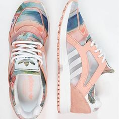 """W I S H L I S T ✨ Currently on the hunt for these @adidasoriginals superstar kicks - totally blaming @sportstylist for making me need these! What's on…"""