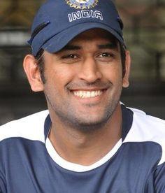 Mahendra-Singh-Dhoni Indian Cricketer Ashwin on Dhoni & Ajith?
