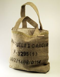 Hessian eco-chic tote.  Handmade using recycled hessian (jute), fully lined. Perfect eco-chic accessory for the environmentally conscious.