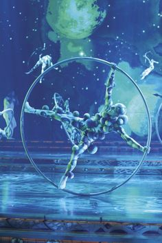 Crazy costumes! Cirque du Soleil