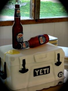 YETI+cooler+with+Miller+Lite+sugar+beer+bottles