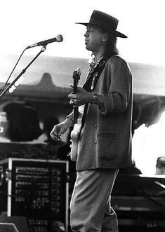 Brandy Love, Music Genius, Stevie Ray Vaughan, Extraordinary People, In This World, Rock And Roll, Famous People, Brother, Blues
