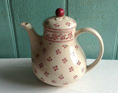 chintz teapots laura ashley   ... pot/ tea pot by johnson brothers for Laura Ashley- johnson bros teapot
