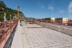 Tabuleiro da primeira ponte estaiada para Metrô do Rio de Janeiro começa a ser construído | Infraestrutura Urbana