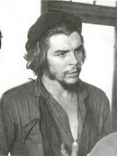 #تشي جيفارا ♥ Che Guevara Pictures, Che Guevara Images, Che Guevara T Shirt, Che Guevara Quotes, Marc Riboud, Power Trip, Fidel Castro, Karl Marx, Famous Photographers