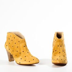 OMG!  Just have to admit that I am a boot girl!     Nelva Sand now featured on Fab.