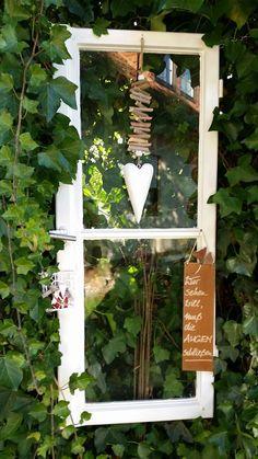 Old windows for the garden - - Deko Garten - Baby Cottage Garden Design, Garden Art, Pergola, Garden Windows, Garden Images, Old Windows, Farm Gardens, Garden Planning, Indoor Garden