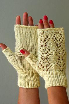Romantic Lace fingerless Gloves knit wool arm warmers by ESTtoYou
