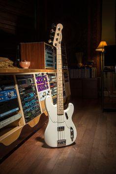 Fender Custom Shop 2014 Proto Precision Bass Arctic White 4 string bass guitar
